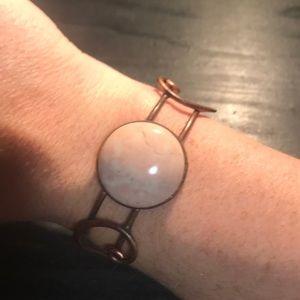 Jewelry - Fabulous heavy copper cuff w/pink stone cabochon